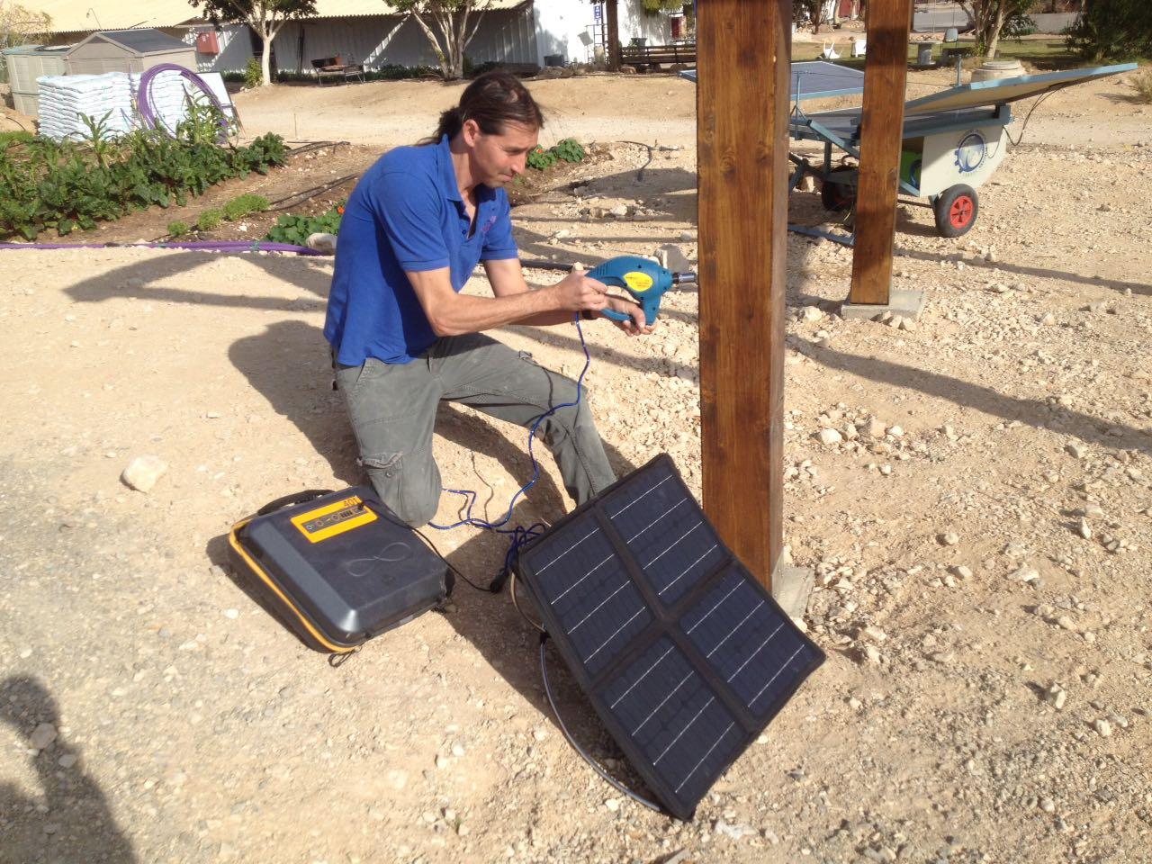 KALIPACK solar suitcase